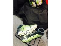 Cr7 Nike mercurial size 6