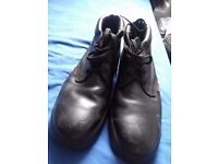Used but good condition size 12 safety shoes