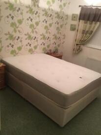 BRAND NEW DOUBLE DIVAN BEDS:::: Bargain £129.00
