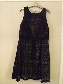Black Ladies Redherring Dress Size 14 **New with Label attached**