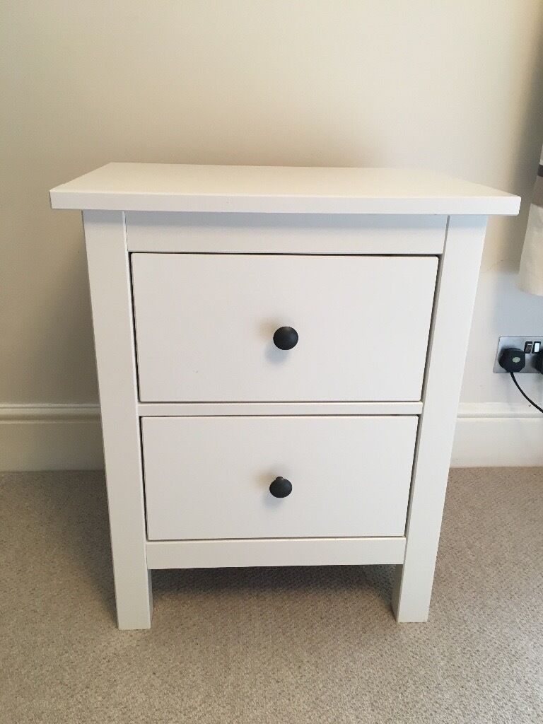 Ikea hemnes 2 drawer bedside chest of drawers white in for Small bedside chest of drawers