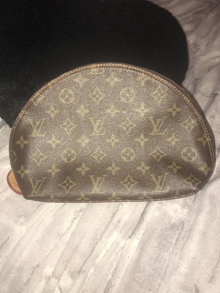 ... Used Celine Nano Luggage bag black timeless design a8590 1d3ac  Louis  Vuitton clutch makeup bag newest 28041 47288  LONGCHAMP BAGS in Romford 0b132fd9e6a2d