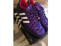 Adidas ladies football boots