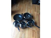 Set of 4 saucepans and a wok great set £15.00