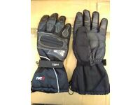Winter Motorcycle Gloves - Tuzo Black Leather and Textile