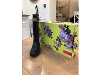 JOULES BLACK PATENT LADIES WELLIES SIZE 5