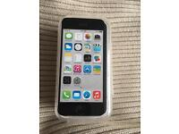 iPhone 5C Unlocked white Excellent condition boxed