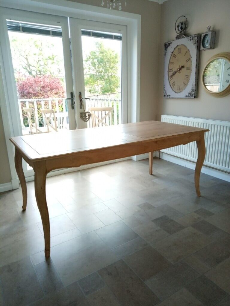 Beautiful Amelie Dining Table | in Dunfermline, Fife | Gumtree