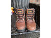 Dr Martens steel toe cap work/walking boots UK-SIZE 7.