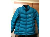 North Ridge women's Down Jacket size 14 hardly worn very warm