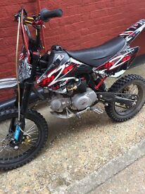 140CC Pit Bike - £650 Open to Offers! Do not miss! Good condition!