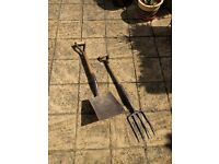 Essanco Garden Fork and Shovel Spade - Great condition