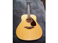 Yamaha FG700MS, Solid Spruce Top, very powerful tone.