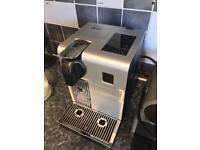 Delonghi Lattissima Pro Nespresso Coffee Machine