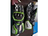 Genuine Kawasaki leather gloves size medium