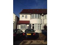 3 double bedroom ground floor garden flat situated close to Brent Cross Tube station