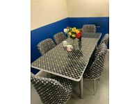 ⭐🌈FANTASTIC SALE ⭐⭐ON LOUIS VUITTON EXTENDABLE DINING TABLE AND 6 CHAIRS