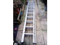 Extension triple section ladder 3 x 2.5 m