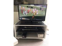 TV STAND + DVD player