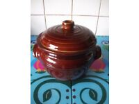 Selection of Casserole Dishes/Stock Pot