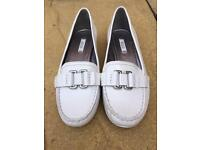 Ecco slip on flats, size 5, reflective white with silver soles