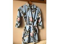 Next dressing gown age 7-8