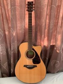 Yamaha acoustic guitar FSX800C including soft case and capo