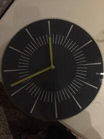 28cm diameter grey clock £5