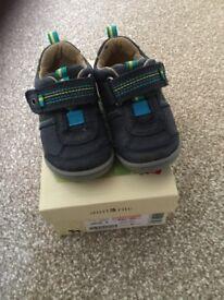 Start Rite boys first walker shoes - size 4G
