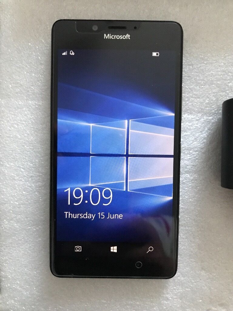 Unlocked Microsoft lumia 950in Plymouth, DevonGumtree - For sale unlocked to all networks Microsoft lumia 950 mobile phone ( note this is not the XL model) 20 meg camera, 32 gig memory plus space for sd card This phone is in above excellent condition all around so no scratches , dents etc Its fitted with...