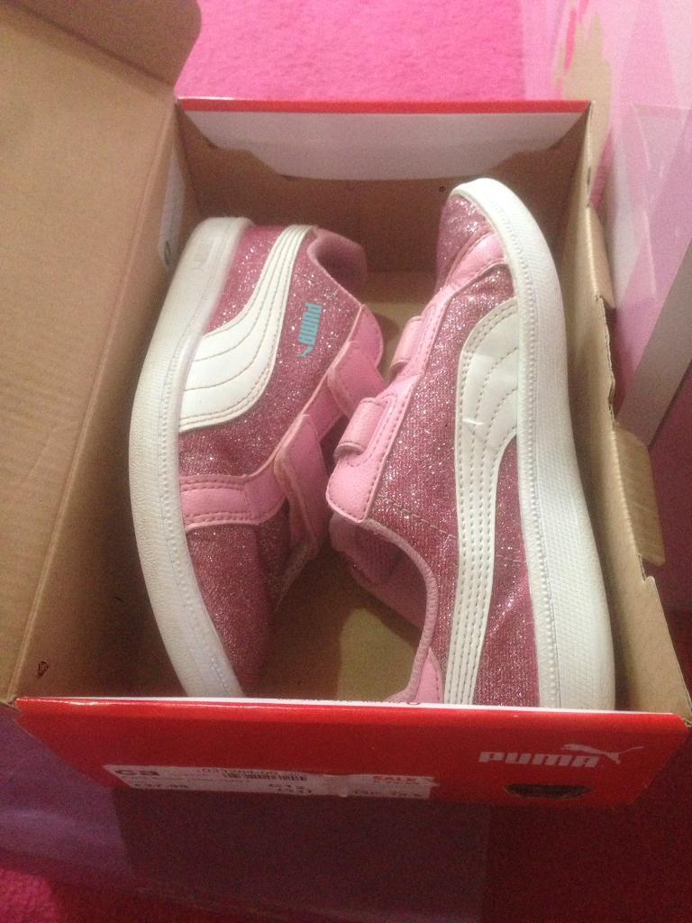 factory authentic c37d8 bdfef Size 12 girls pink puma trainers | in Cardiff | Gumtree