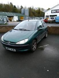 Peugeot 206 £280