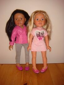 £45 only for 5 Designa Friends Dolls, Additional Outfits, Shoes & Wardrobe Bumper Bundle. £45 only
