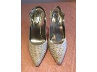 Dimonte pointy heels