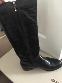 Black Dune riding boots