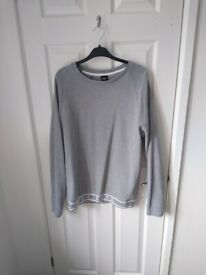 Men's medium Hugo boss sweatshirt