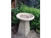 Old style Staddle stone bird bath £28