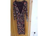 East long sleeves dress size 10/12