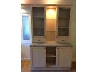 Shaker style maple effect kitchen units & appliances