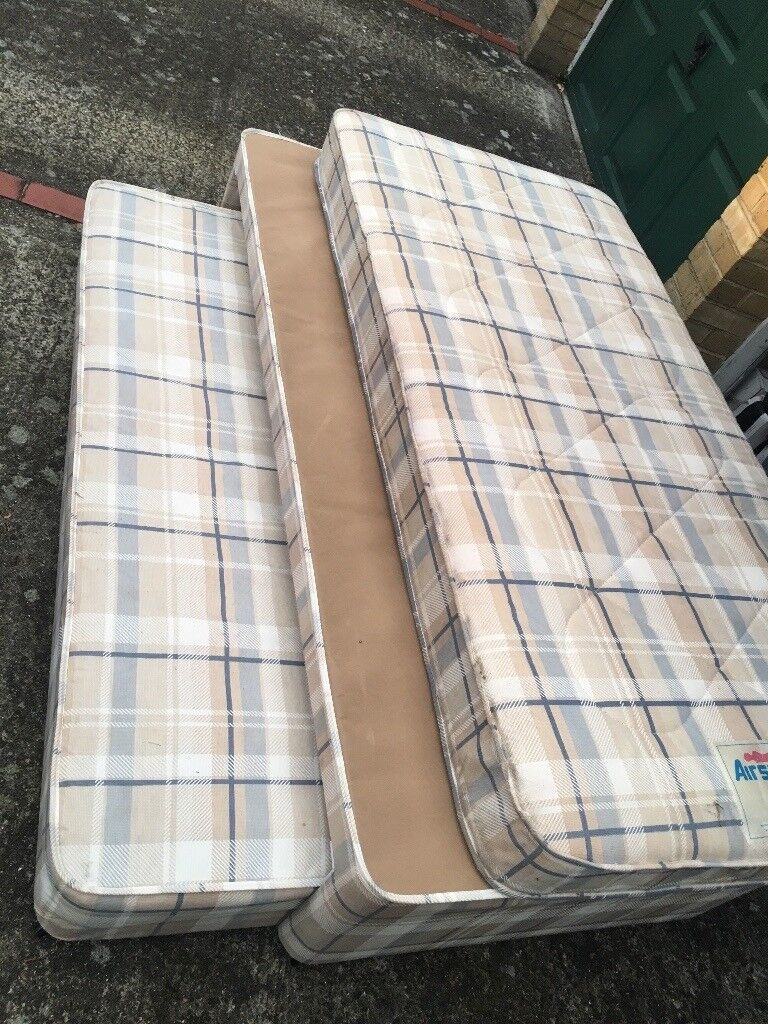 Airsprung single bed Good Condition,with Duvet ... Call 07507056048