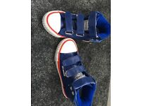 BK boys shoes size c 10, excellent condition