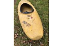 Kayak playboat