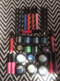 Mac make up bundle