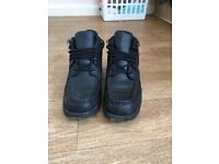 Rockport Boots Size 10 (6 months old)