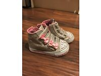 Skechers Twinkle Toes toddler girl size 5 high top light up shoes