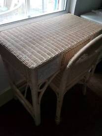 Wicker white/cream dressing table and chair