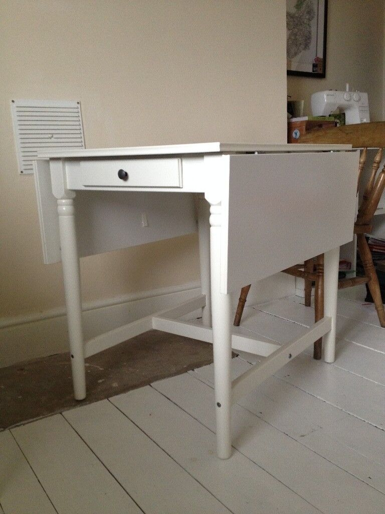 Beautiful White Table £50