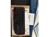 Mini Bluetooth keyboard scroll pad USB & battery perfect working order