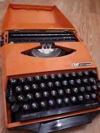 Smith-Corona Ghia-design Super G Typewriter