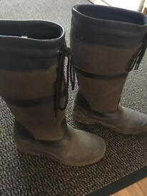 Harry Hall boots, brown, size 4, vgc